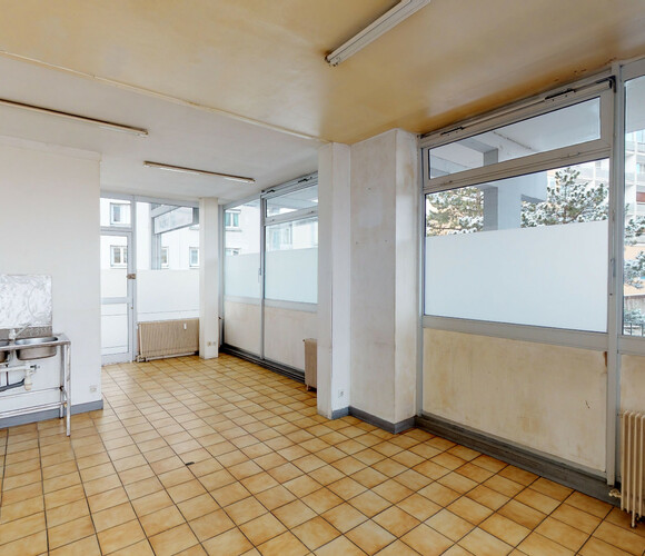 Vente Local commercial 1 pièce 35m² Firminy (42700) - photo