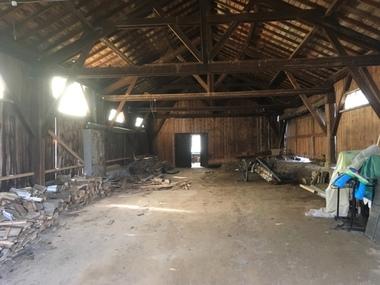 Vente Garage 230m² Saint-Sauveur-la-Sagne (63220) - photo