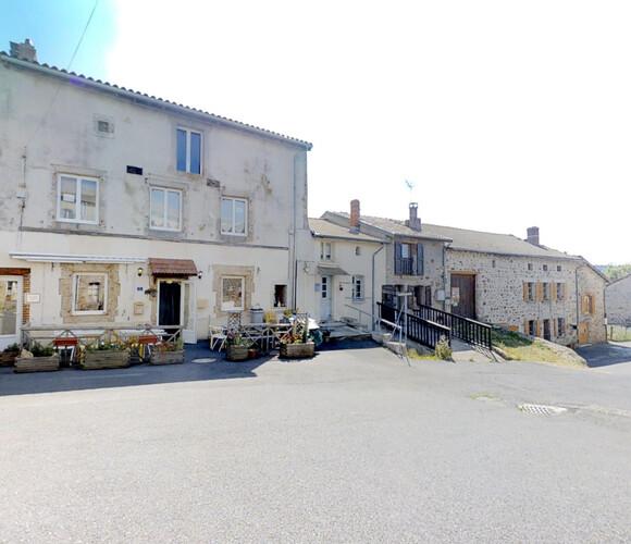 Vente Maison 5 pièces 210m² Saint-Julien-Molhesabate (43220) - photo