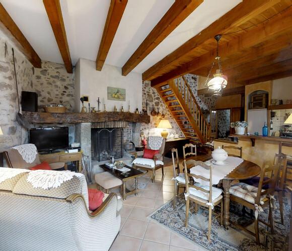 Vente Maison 5 pièces 112m² Lavoûte-Chilhac (43380) - photo