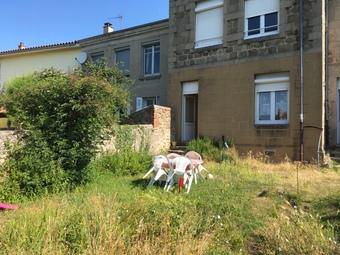 Location Appartement 2 pièces 40m² Saint-Didier-en-Velay (43140) - photo