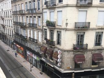 Vente Appartement 4 pièces 121m² Saint-Étienne (42000) - photo