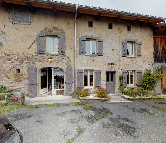 Vente Maison 160m² Saint-Bonnet-le-Bourg (63630) - photo
