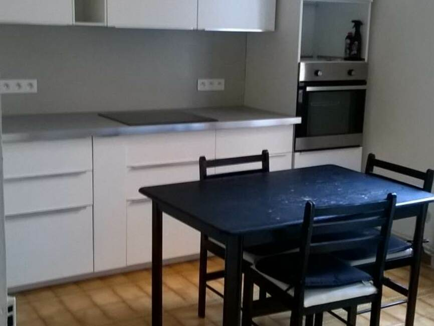 location appartement 2 pi ces saint tienne 42100 46075. Black Bedroom Furniture Sets. Home Design Ideas
