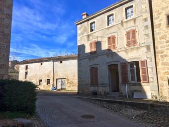 Vente Maison 11 pièces 250m² Ceilloux (63520) - photo