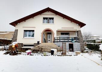 Location Maison 7 pièces 174m² Issoire (63500) - photo