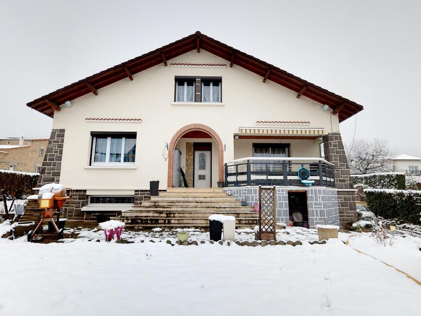 Vente maison 7 pi ces issoire 63500 340918 for Vente maison issoire