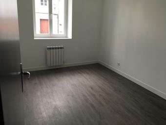Location Appartement 3 pièces 58m² Saint-Maurice-en-Gourgois (42240) - photo