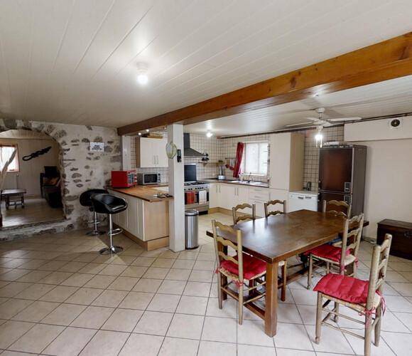 Vente Maison 5 pièces 130m² Courpière (63120) - photo