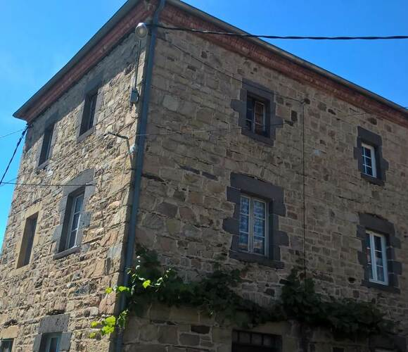 Vente Maison 5 pièces 170m² Saint-Ilpize (43380) - photo
