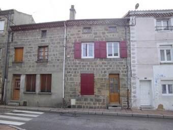 Location Maison 5 pièces 69m² Sainte-Sigolène (43600) - photo