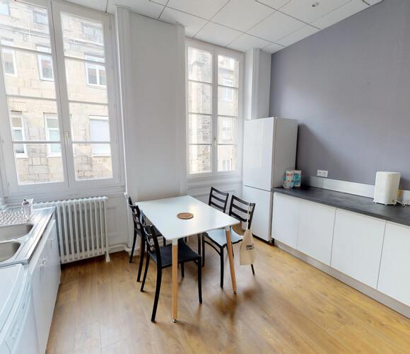 Vente Appartement 5 pièces 135m² Saint-Étienne (42000) - photo
