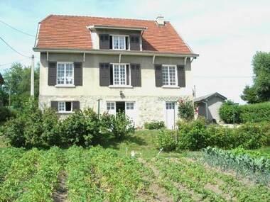 Vente Maison 7 pièces 180m² Le Chambon-sur-Lignon (43400) - photo