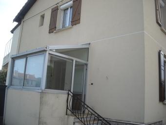 Location Appartement 4 pièces 65m² Le Chambon-Feugerolles (42500) - photo