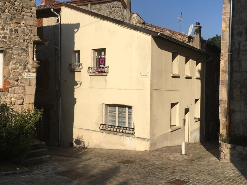 Vente Maison 4 pièces 75m² Saint-Bonnet-le-Château (42380) - photo