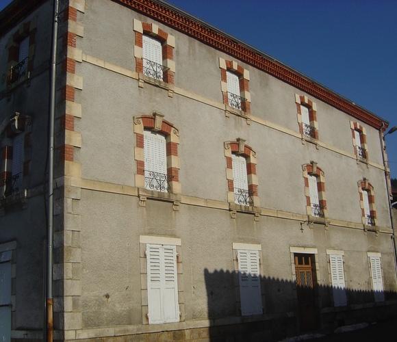 Vente Maison 15 pièces 325m² Le Brugeron (63880) - photo
