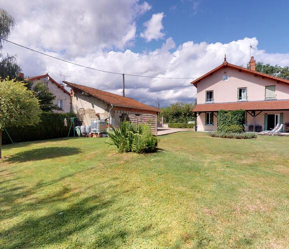 Vente Maison 5 pièces 106m² Marsac-en-Livradois (63940) - photo