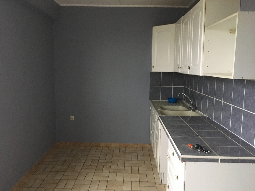 location appartement 3 pi ces saint tienne 42000 245373. Black Bedroom Furniture Sets. Home Design Ideas