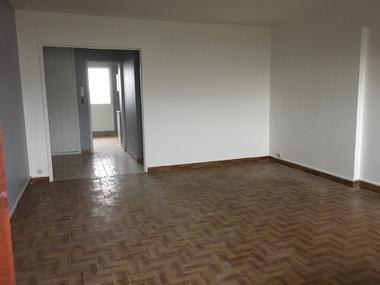 Location Appartement 3 pièces 75m² Saint-Étienne (42000) - photo