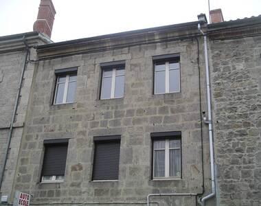 Location Appartement 3 pièces 76m² Saint-Bonnet-le-Château (42380) - photo