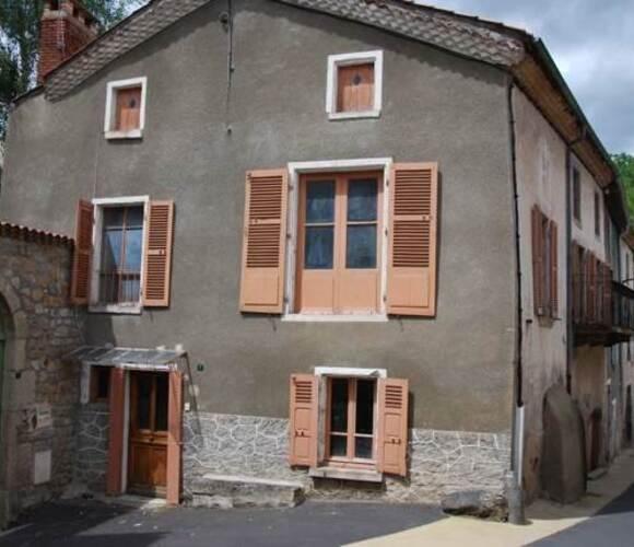 Vente Maison 9 pièces 200m² Issoire (63500) - photo