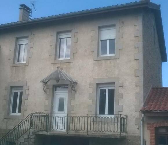 Vente Maison 7 pièces 135m² Grazac (43200) - photo