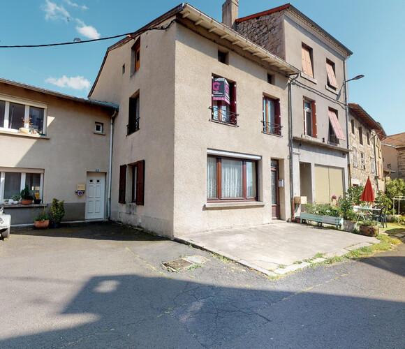 Vente Maison 4 pièces 130m² Craponne-sur-Arzon (43500) - photo