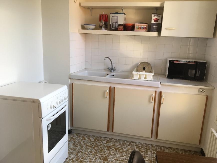 Location appartement 1 pi ce saint tienne 42100 18392 for Location appartement atypique saint etienne
