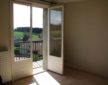 Location Appartement 3 pièces 55m² Montfaucon-en-Velay (43290) - photo