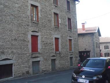 Vente Maison 15 pièces 300m² Fournols (63980) - photo