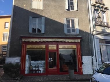 Vente Immeuble 8 pièces 250m² Arlanc (63220) - photo