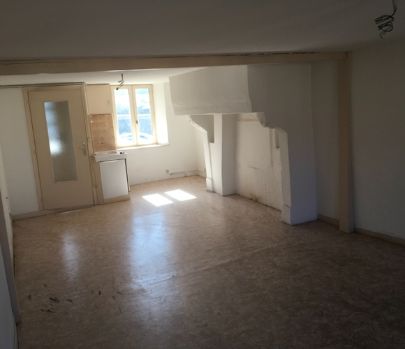 Vente Maison 4 pièces 180m² Saint-Pal-de-Chalencon (43500) - photo