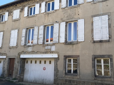 Vente Immeuble 10 pièces 130m² Montfaucon-en-Velay (43290) - photo