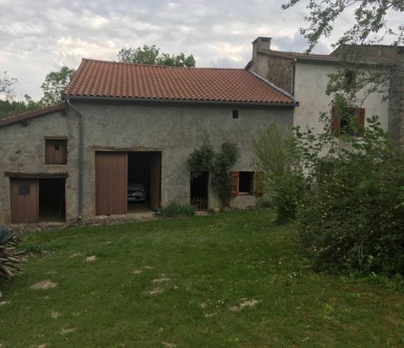 Vente Maison 5 pièces 300m² Cunlhat (63590) - photo