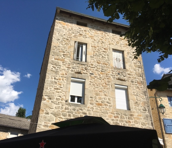Vente Immeuble 150m² Saint-Julien-Chapteuil (43260) - photo