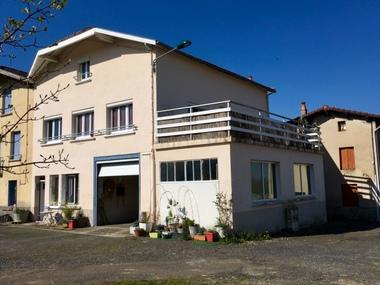 Vente Maison 5 pièces 103m² Vollore-Ville (63120) - photo