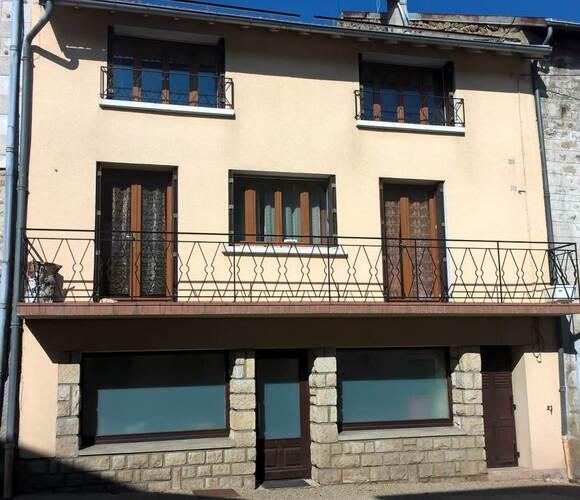 Vente Maison 4 pièces 132m² Bellevue-la-Montagne (43350) - photo