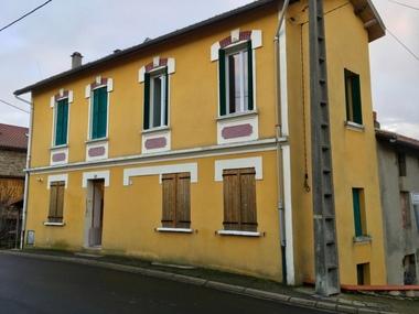 Vente Maison 3 pièces 82m² Celles-sur-Durolle (63250) - photo