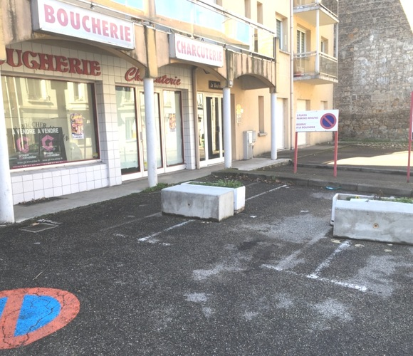 Vente Local commercial 4 pièces 70m² Firminy (42700) - photo