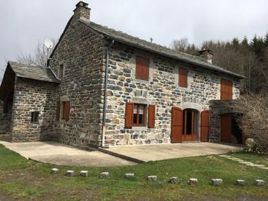 Vente Maison 7 pièces 180m² Araules (43200) - photo