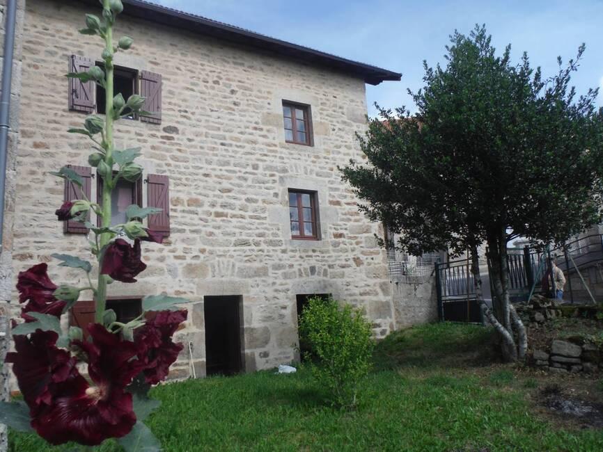 Vente Maison 6 pièces 90m² Vertolaye (63480) - photo