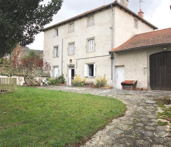 Vente Maison 12 pièces 260m² Retournac (43130) - photo