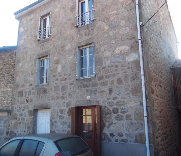 Vente Maison 10 pièces 165m² Riotord (43220) - photo