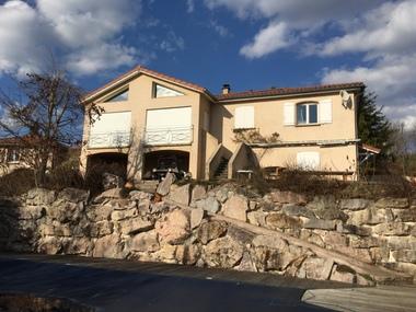 Vente Maison 6 pièces 200m² Rozier-Côtes-d'Aurec (42380) - photo