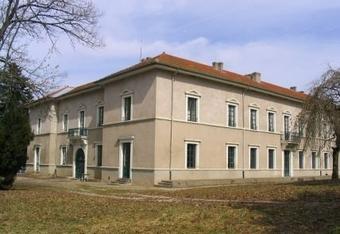 Location Appartement 4 pièces 151m² Saint-Maurice-de-Lignon (43200) - photo