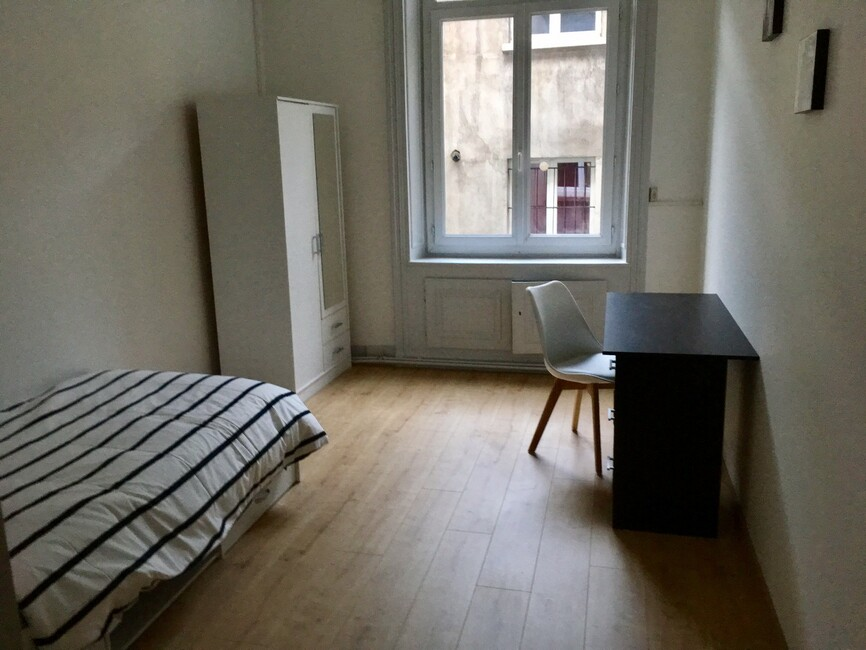 Location appartement 5 pi ces saint tienne 42000 311383 - Location studio meuble saint etienne ...