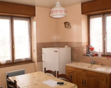 Location Maison 4 pièces 50m² Saint-Ferréol-des-Côtes (63600) - photo