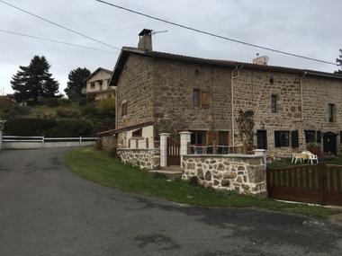 Location Maison 5 pièces 100m² Saint-Bonnet-le-Château (42380) - photo