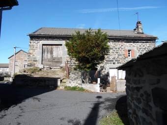 Vente Maison 2 pièces Saint-Julien-Chapteuil (43260) - photo