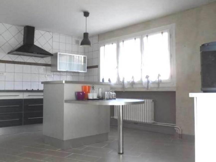 Appartement Au Centre Ville De Montbrison